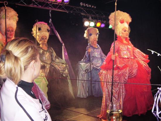 cb-2004-show02