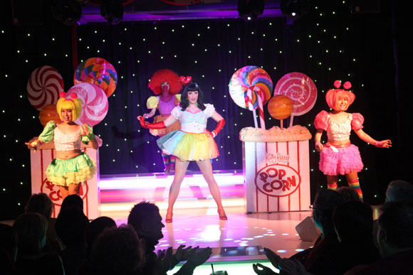 Als Katy Perry im Carte Blanche